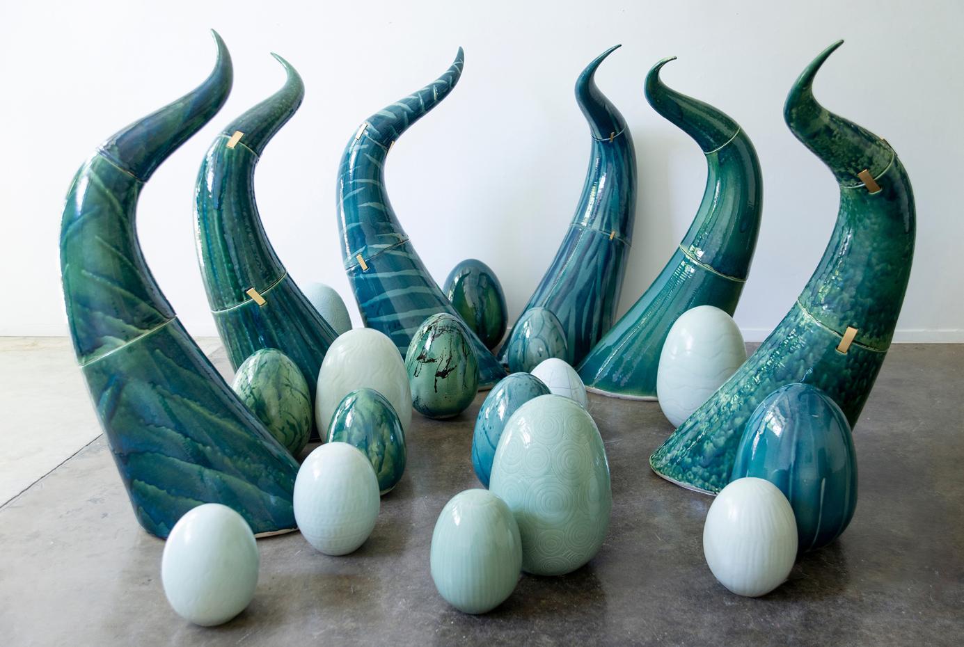 Medusa-stoneware-2021-135-H.-cm